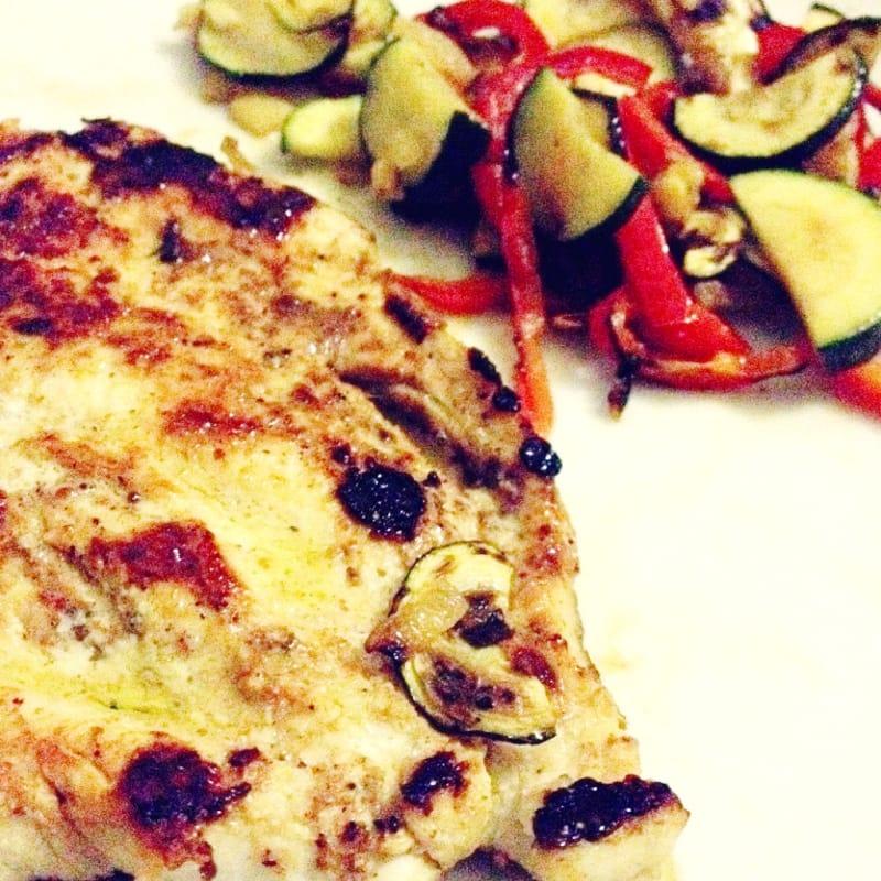 Pollo speziato e verdure