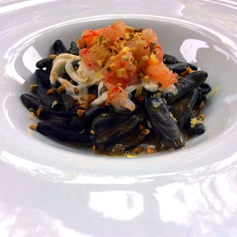Strascinati charcoal with red prawn tartare