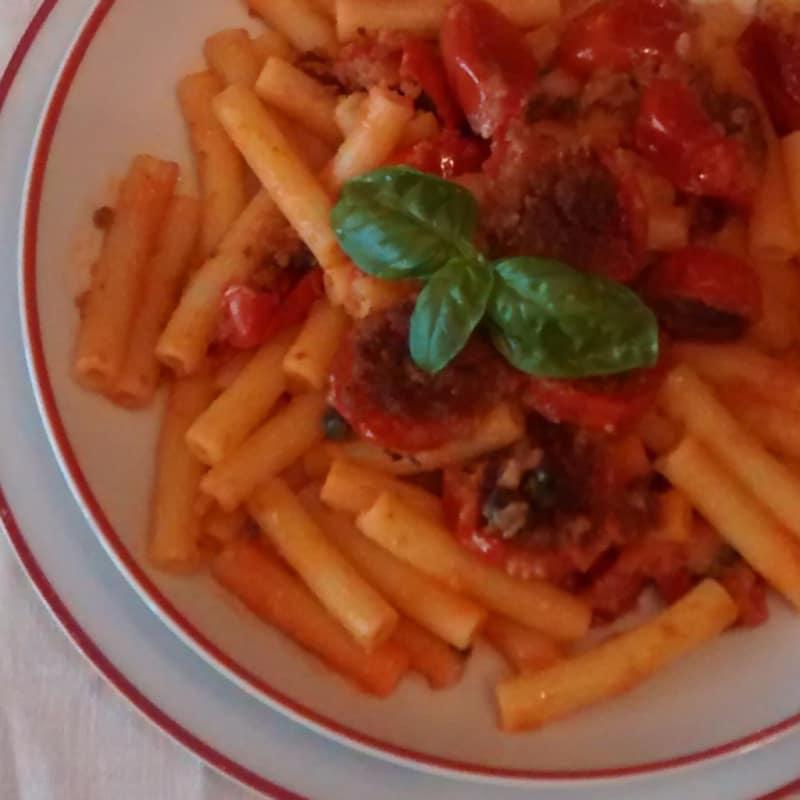 Macarrones con tomate gratinado