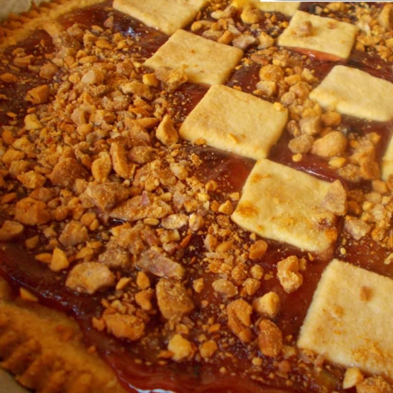 Crostata con marmellata ai mirtilli e alle arance amare e arachidi pra