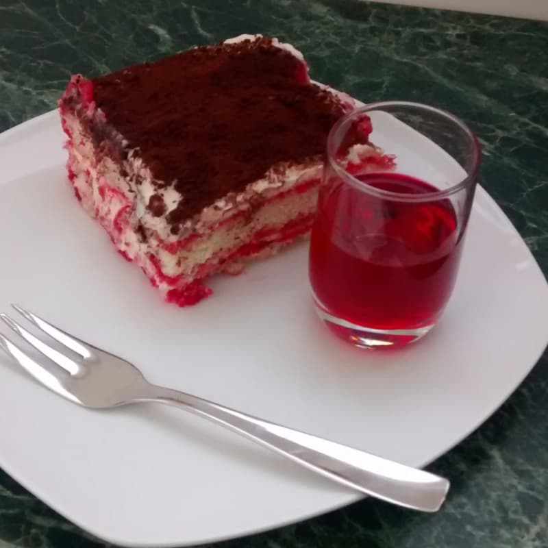 Tiramisú en all'alkermes
