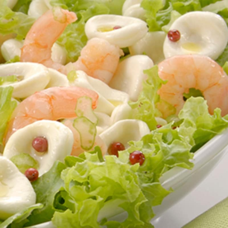 Mozzarella in shrimp salad