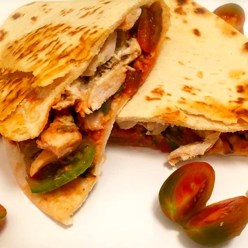 Piadina with chicken kebab