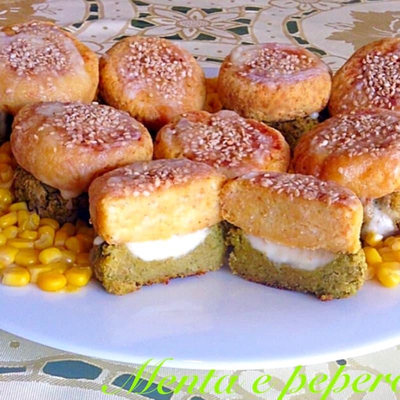 Hamburguesa de queso con verduras