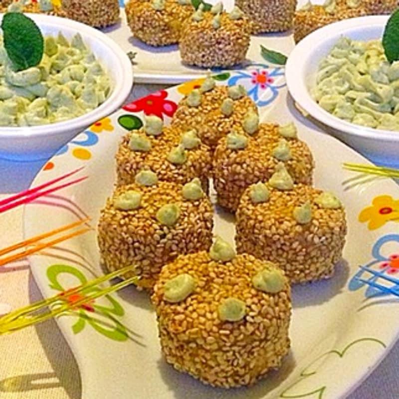 albóndigas deliciosos preparados con salvia