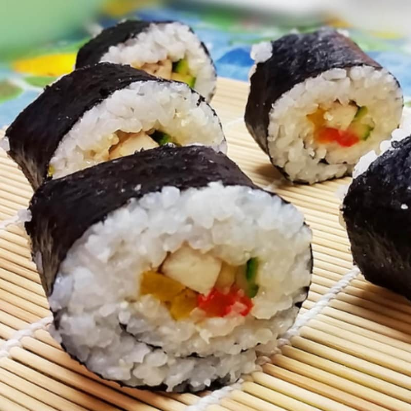 Sushi with tofu and vegetables