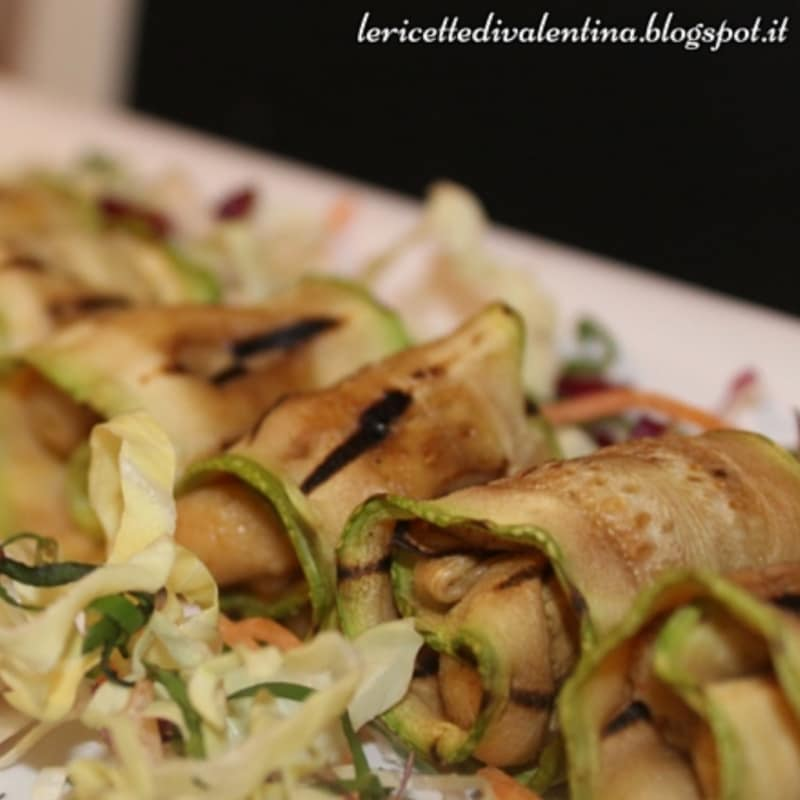 Roulade of grilled zucchini and cheese cashew veg