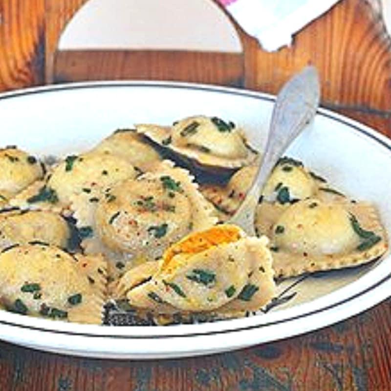 calabaza y castañas ravioli: Ramo del otoño
