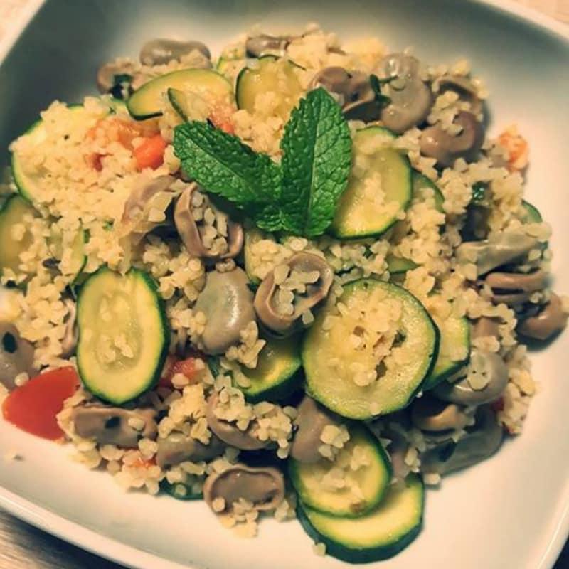 Ful medames insalata tiepida di fave e bulgur