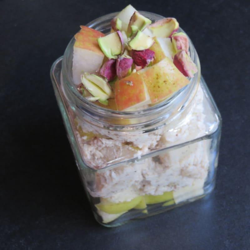 Noche a la mañana avena pera y pistachos