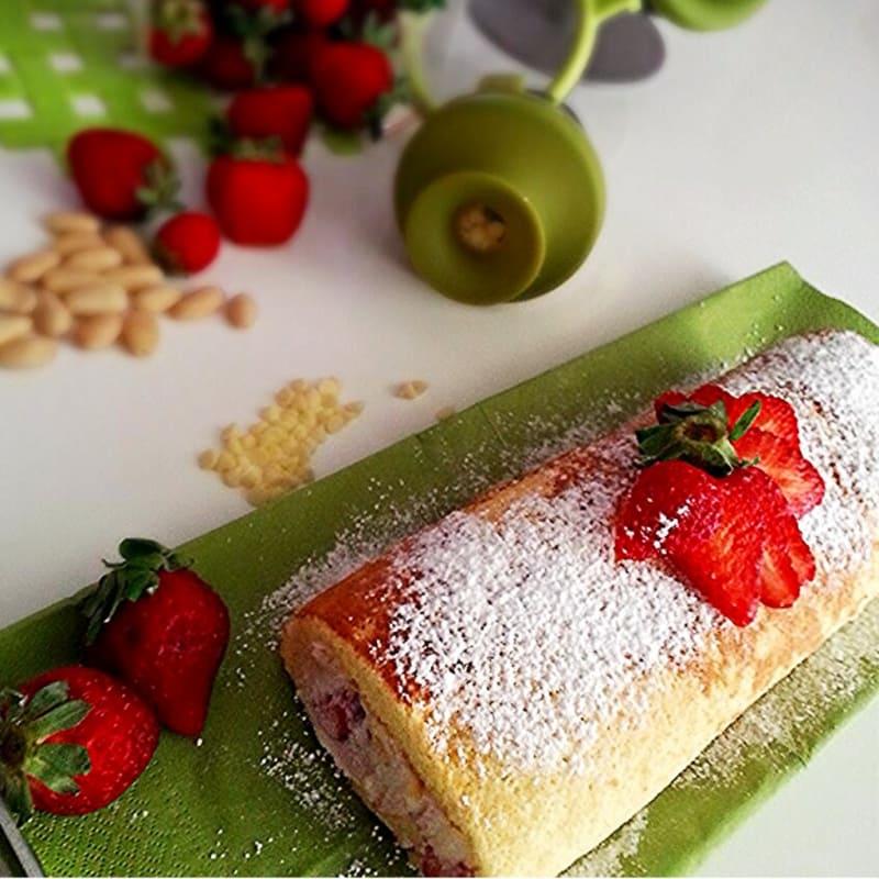 ricotta girella y fresas