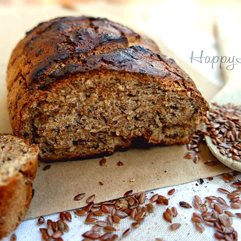 Pane integrale ai semi di lino