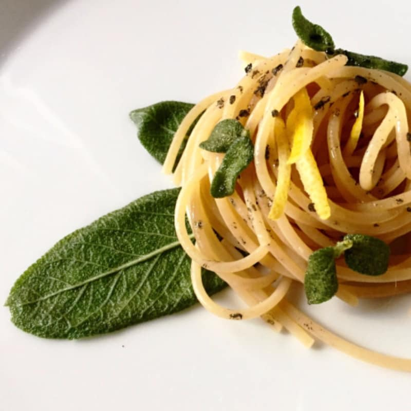 Wholemeal spaghetti with lemon, crispy sage and lemon zest