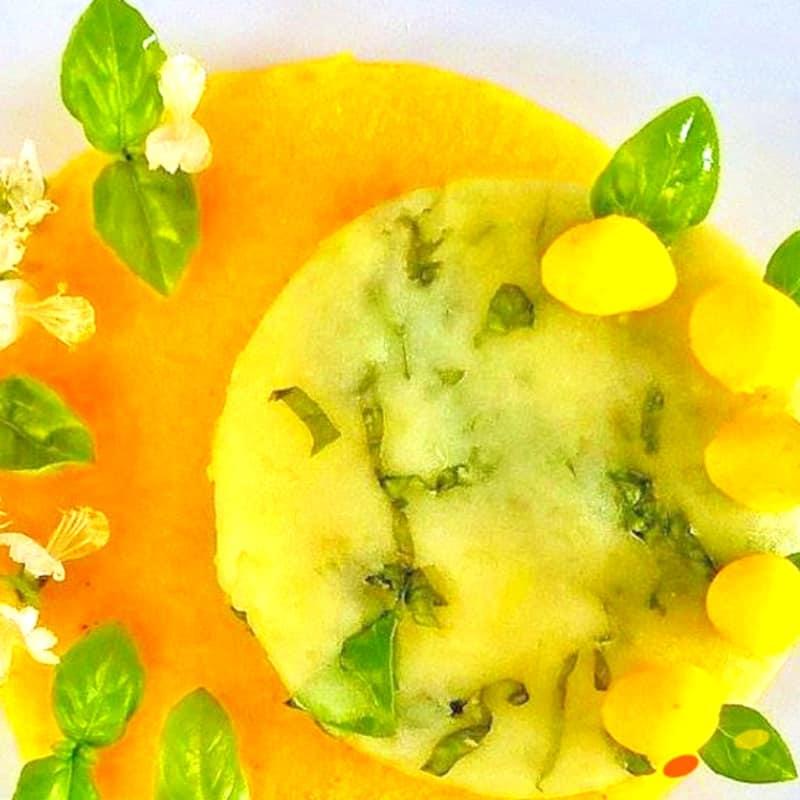 Patatas aroma de cúrcuma y albahaca fresca