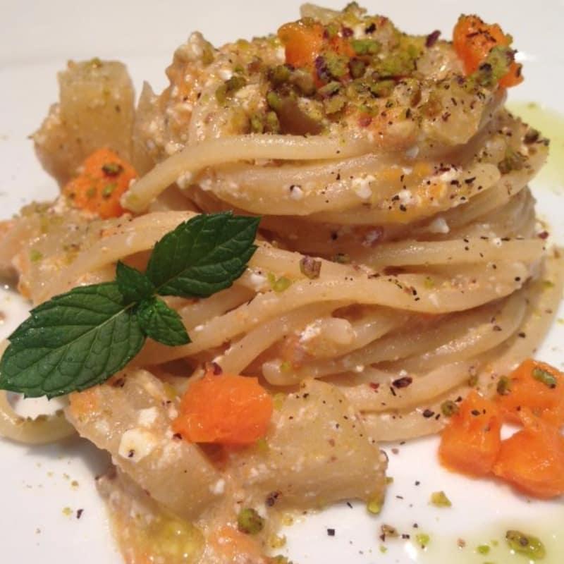 Spaghetti zucca e pistacchio