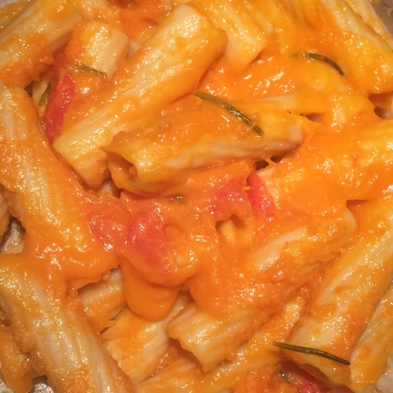 Pasta with pumpkin and rosemary