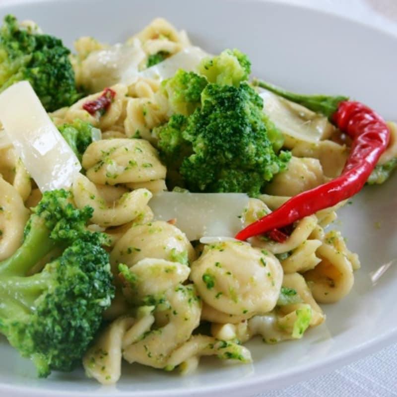 Orecchiette piccanti ai broccoli