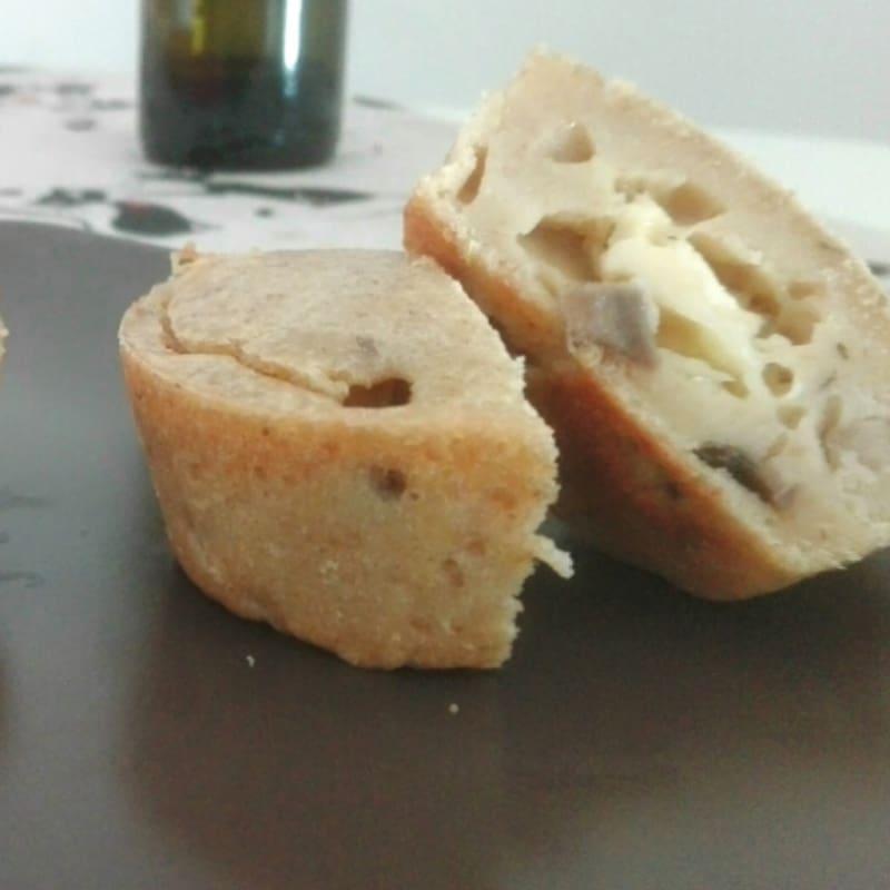 panecillos salados con champiñones y queso brie