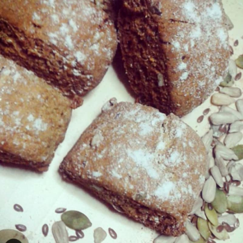 Biscotti integrali con mix di semi