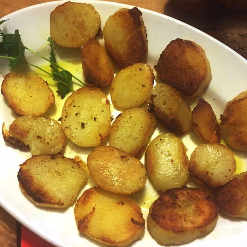 Patatas en el ayuno bandeja