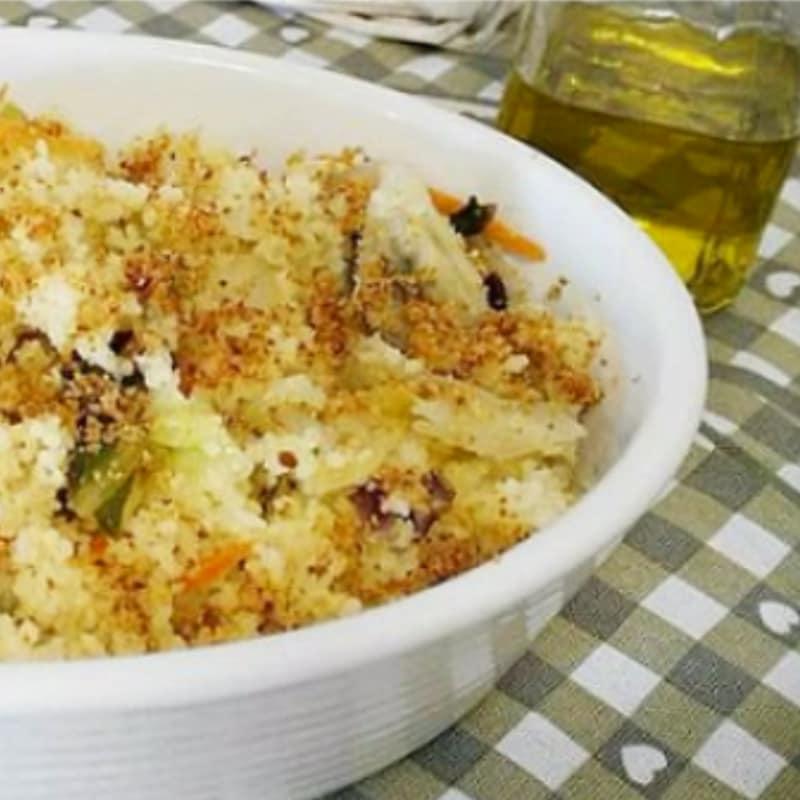 cuscús con ensalada crujiente