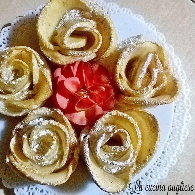Rose di mele di pasta sfoglia