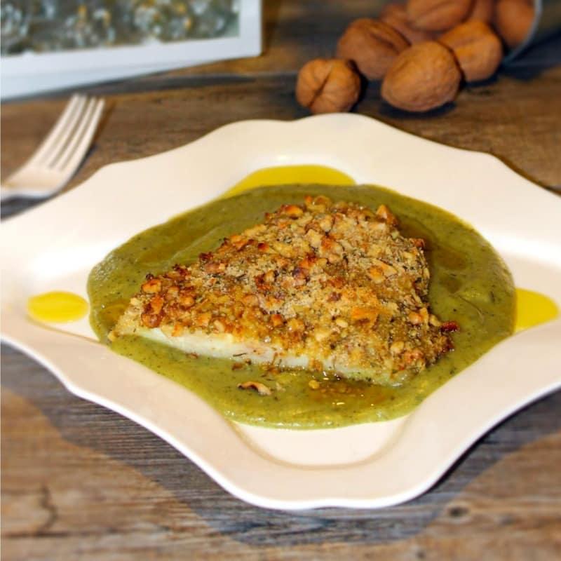Filetti di persico al forno con panatura croccante di mandorle