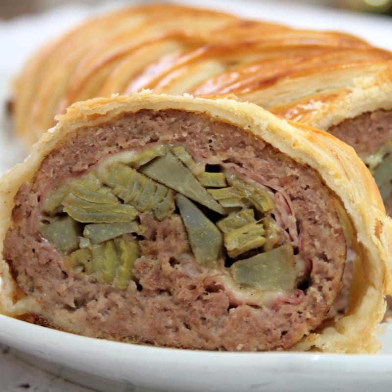 Pastel de carne con costra de alcachofa