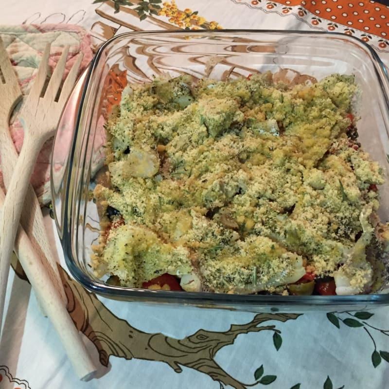 Teglia di merluzzo gratinato con pomodorini e zucchine