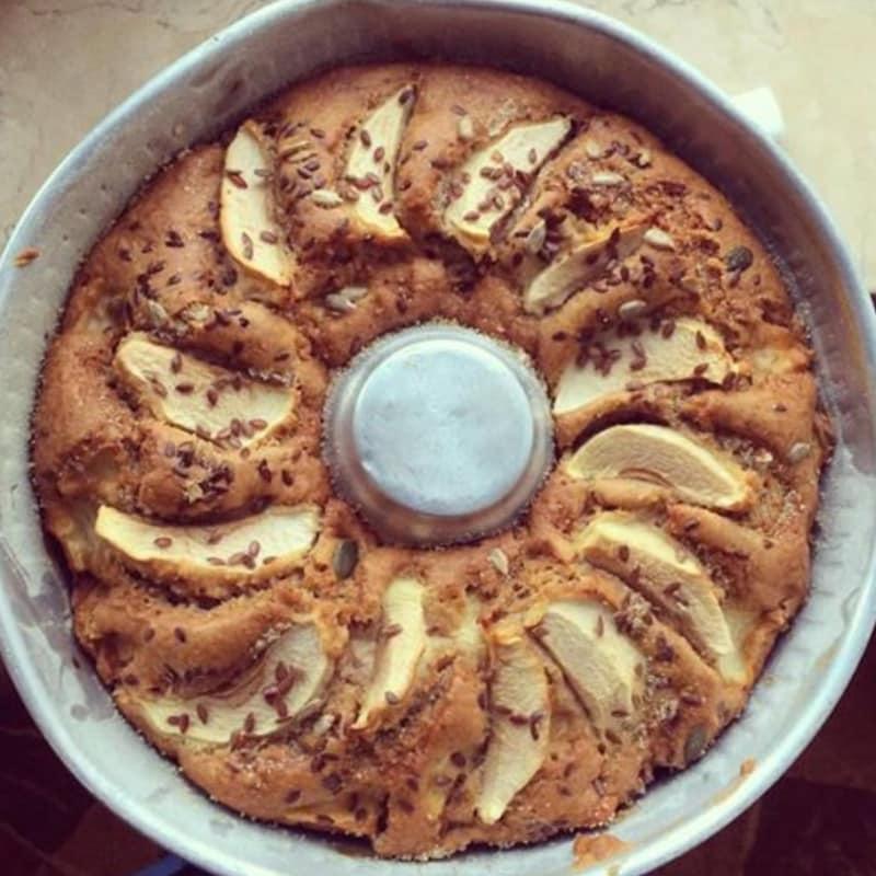 tarta de manzana, nueces y canela sin mantequilla