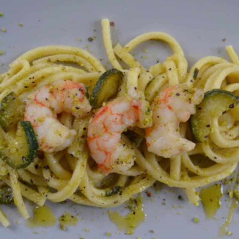 Scialatielli with zucchini, shrimp and pistachios