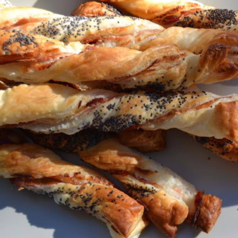 palitos de pan de masa de hojaldre