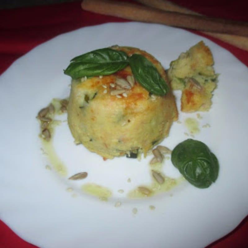 Flan di patate con prosciutto cotto, zucchini e mozzarella