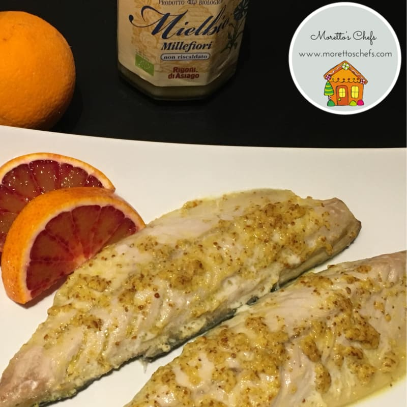 Mackerel with mustard sauce, honey and orange