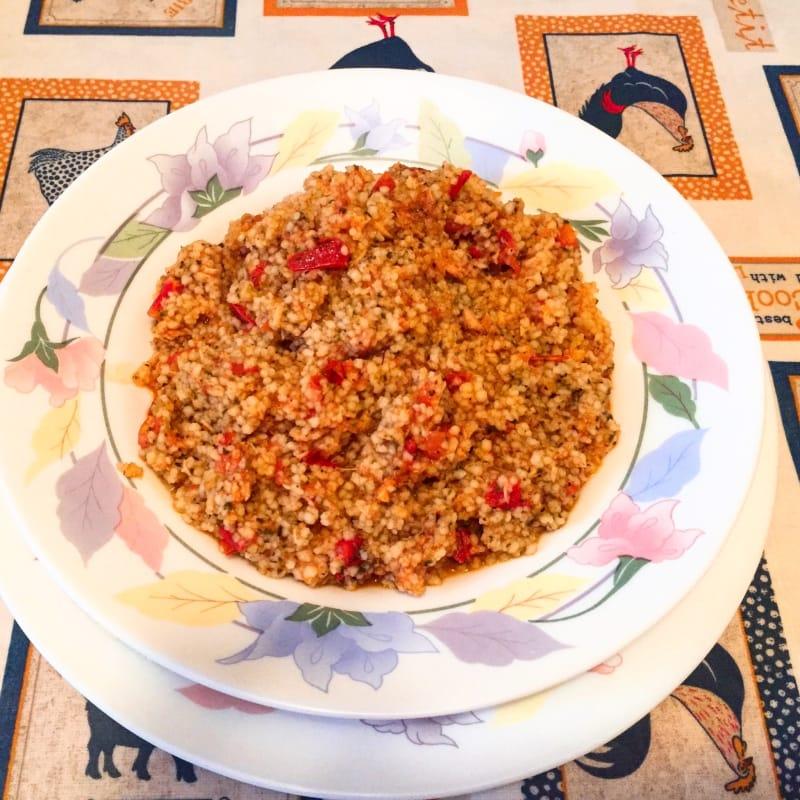 cuscús con salsa de atún
