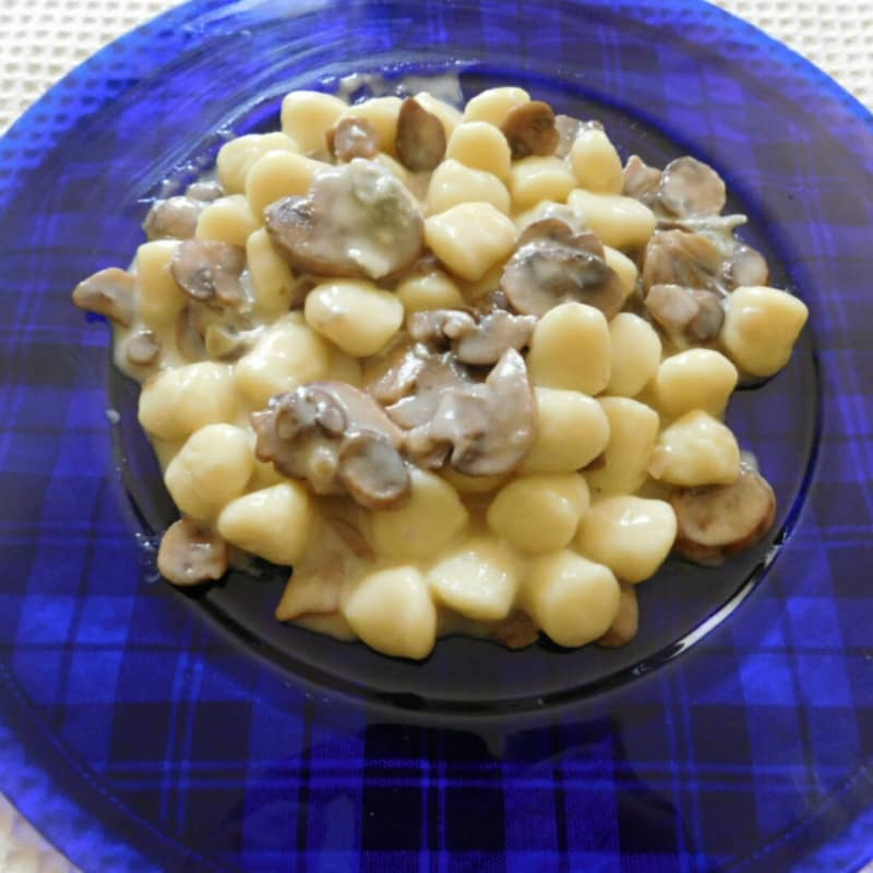 Gorgonzola gnocchi y champiñones