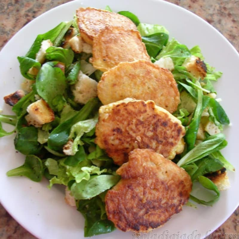 rice croquettes with salad spring