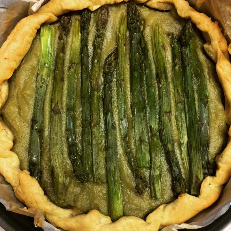 light cake with asparagus