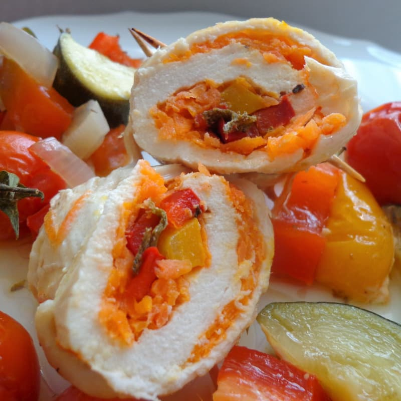 Chicken rolls with vegetables