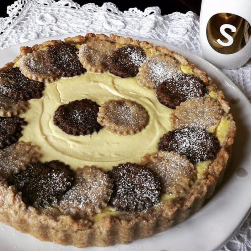 Crostata cioccocaffè con crema leggera allo yogurt greco e ricotta
