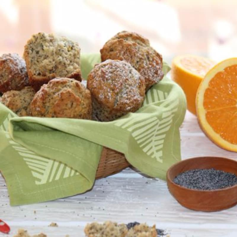 Muffin all'arancia con semi di papavero