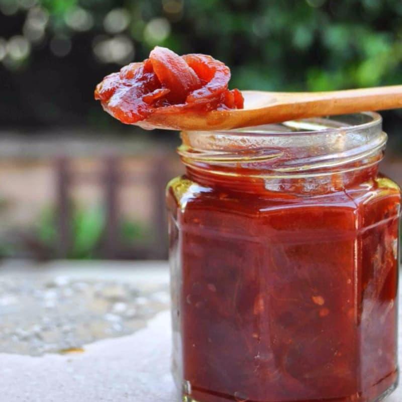 Chutney di pomodori e cipolle rosse