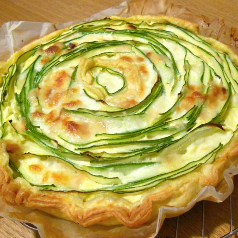 Torta salata zucchine, ricotta e scamorza