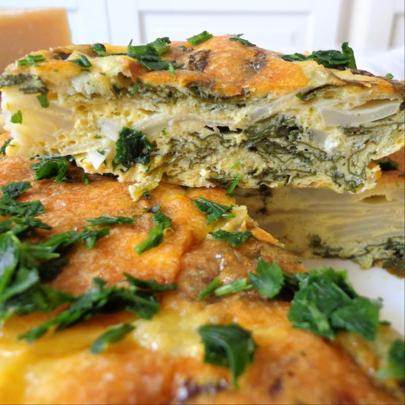 Frittata with Jerusalem artichokes and spinach baked