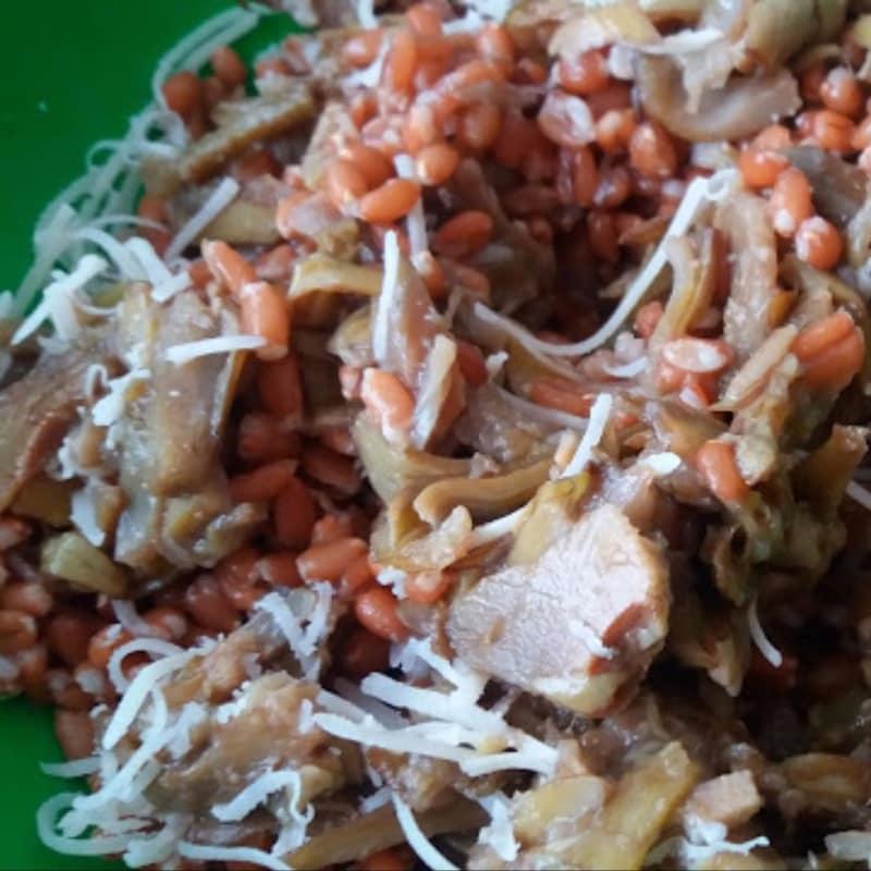 Espelta y ensalada de alcachofa