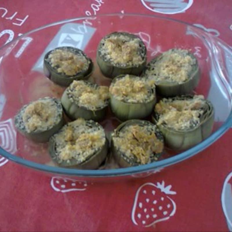 En alcachofas rellenas de anchoas En Siciliana