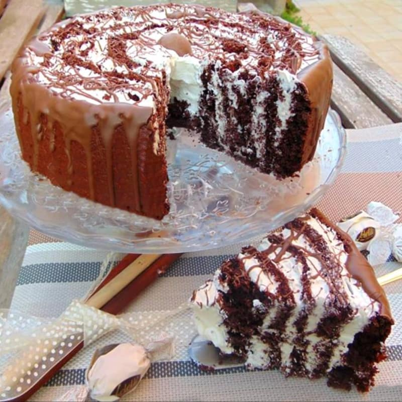 Sspiral chocolate cake