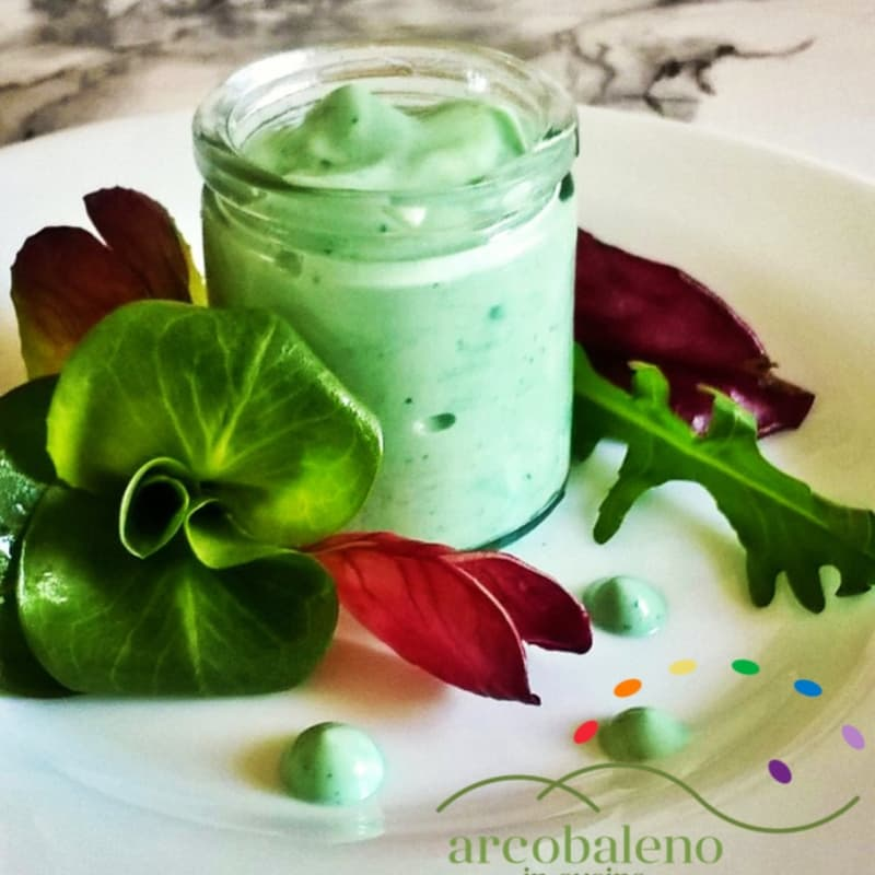 How to Make Colorful Mayonnaise Vegan with Spirulina Algae