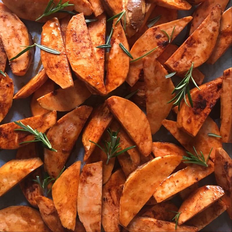 Las patatas dulces en el horno