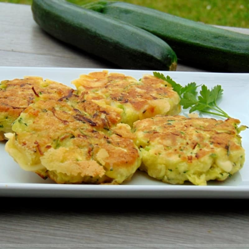 Courgette fritters of zucchini